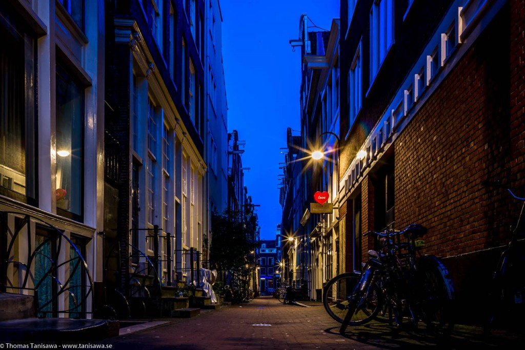 street of amsterdam at night